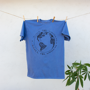 Traveling Globe TShirt Richer for Wandering