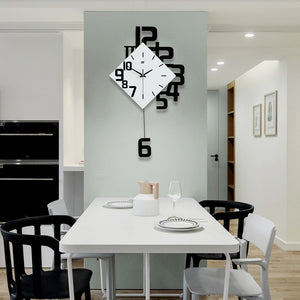 Swing Diamomd Wall Clock