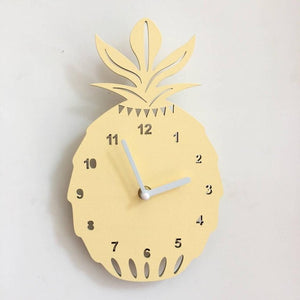 Pineapple Clock Wall