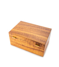 MacArthur Koa Box with Tray - Medium