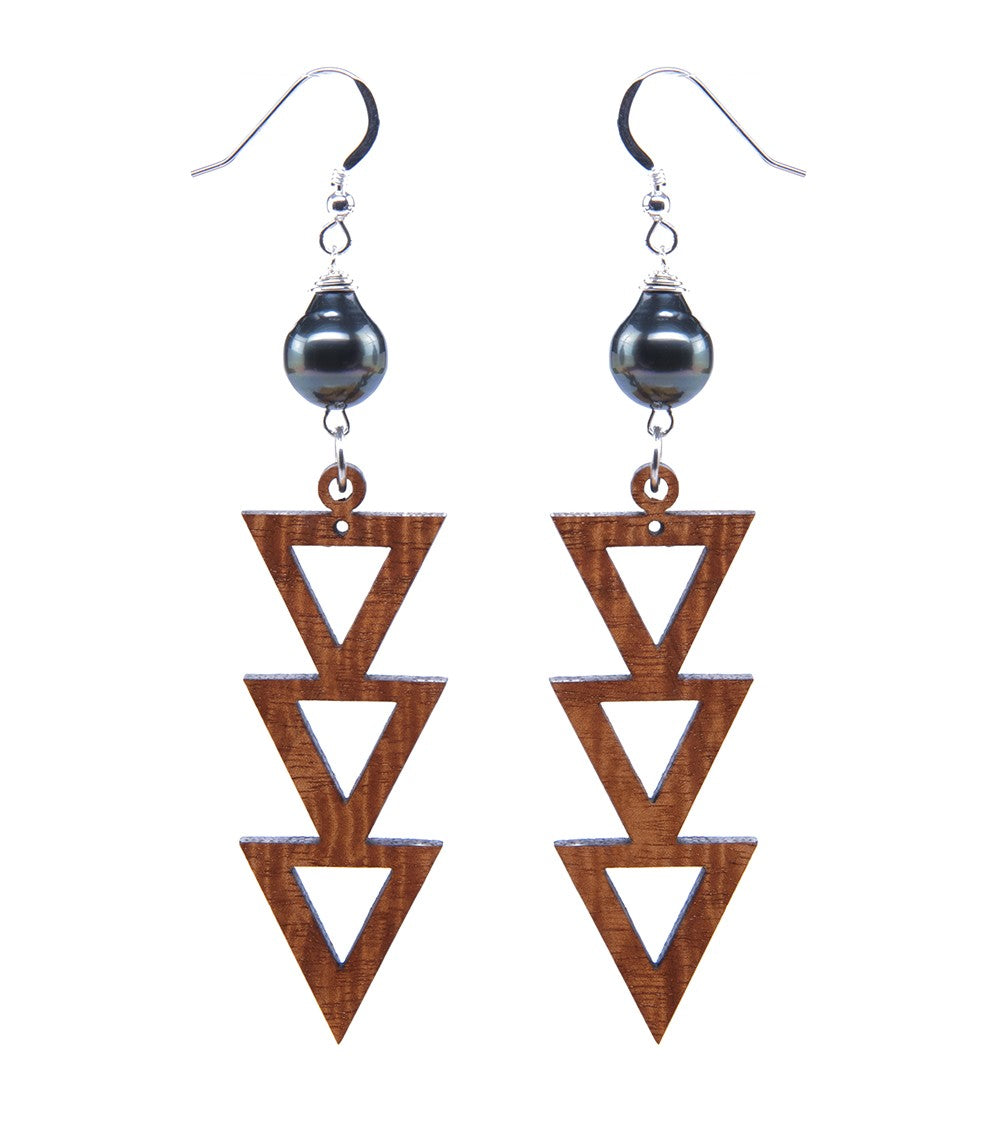 Koa Three Triangle Pearl Silver Earrings
