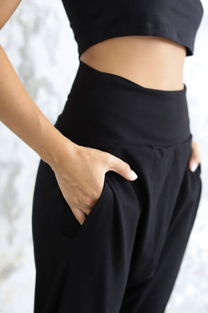 Load image into Gallery viewer, Woman wearing Indo Pants Black