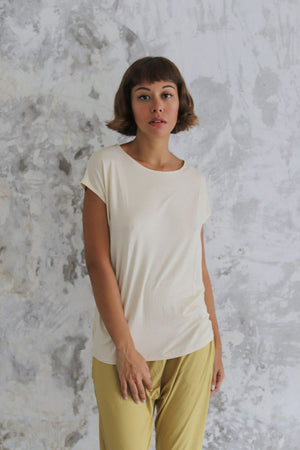 Load image into Gallery viewer, Woman wearing Layer Tee Cashew