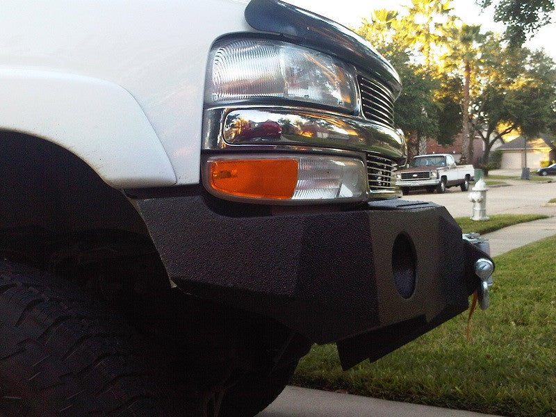 2001-2006 Chevrolet Tahoe/Suburban (5 OR 6 LUG ONLY) Front Base Bumper - Iron Bull Bumpers - FRONT IRON BUMPER - Metal bumper for heavy duty trucks Perfect for CITY/OFF-ROAD applications with Light Buckets and Winch Mount included