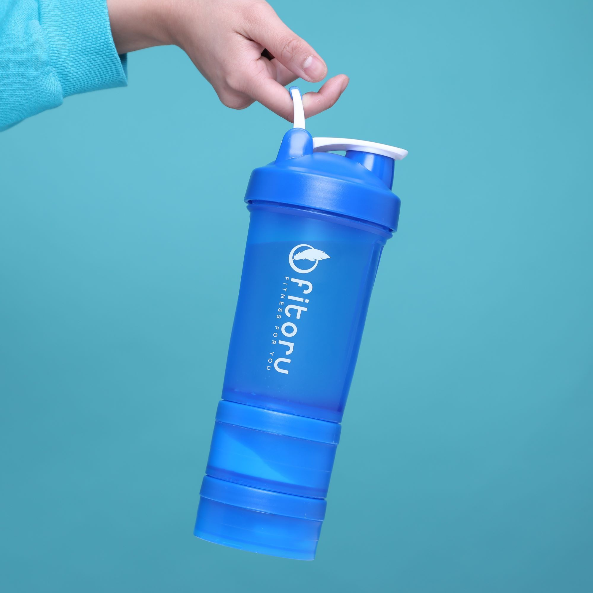 Shaker Bottle with Multi-Layer Storage System