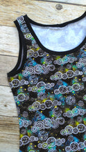 Ladies Tank - Who - size 6/8