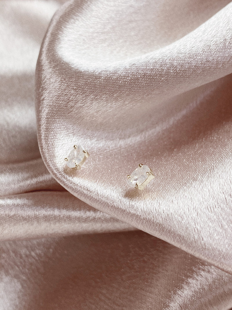 Dainty Milky 18K Gold Earrings