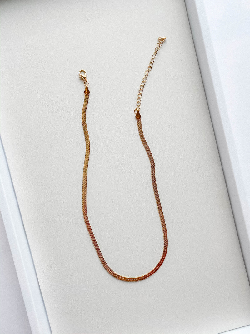 Flashy Silky Gold Necklace
