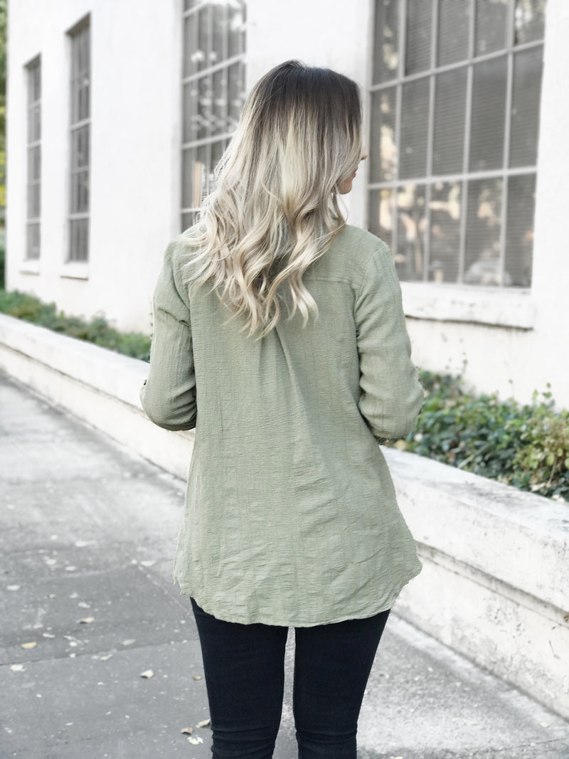 OLITA CRINKLE OLIVE BUTTON DOWN TOP