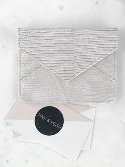 ENVELOPE SNAKE PRINT CARD HOLDER