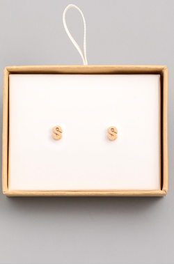 Gold Initial Alphabet Stud Earrings - S