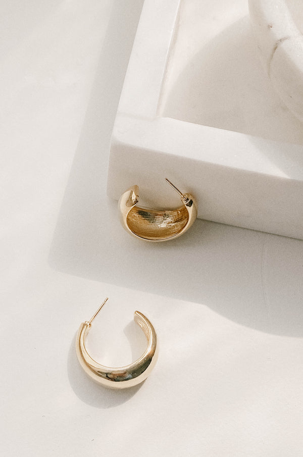 14k gold chunky hoops that are hypoallergenic and lightweight