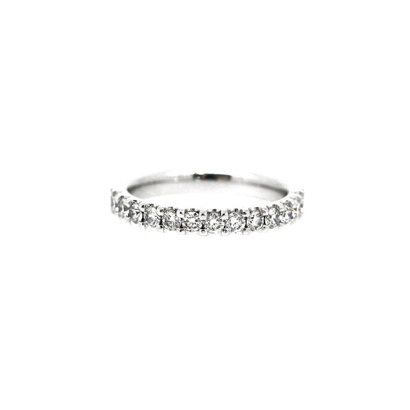 Claw set White Gold Diamond Ring