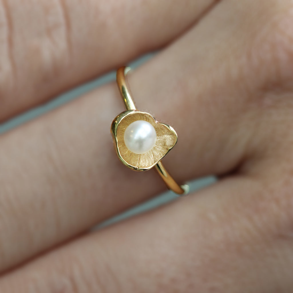 Small Sunken Treasure Pearl Ring