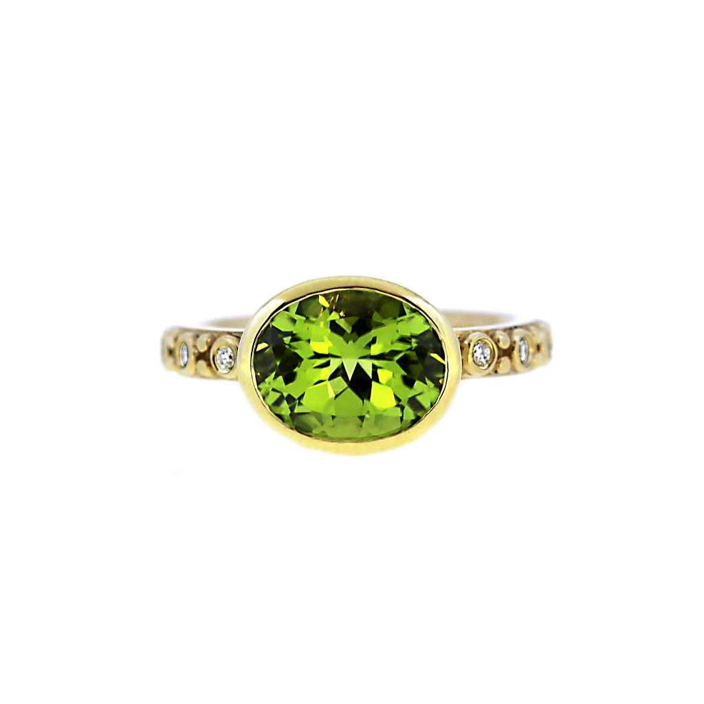 Peridot Little Venice Diamond Ring