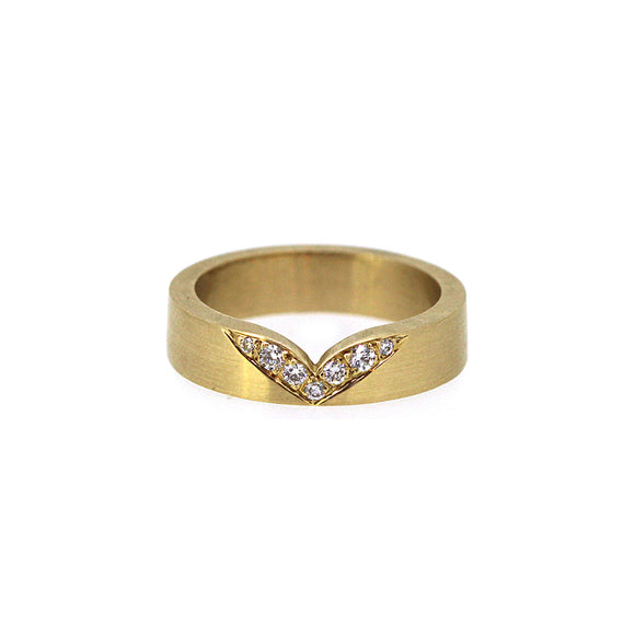 Whale Tail Diamond Ring