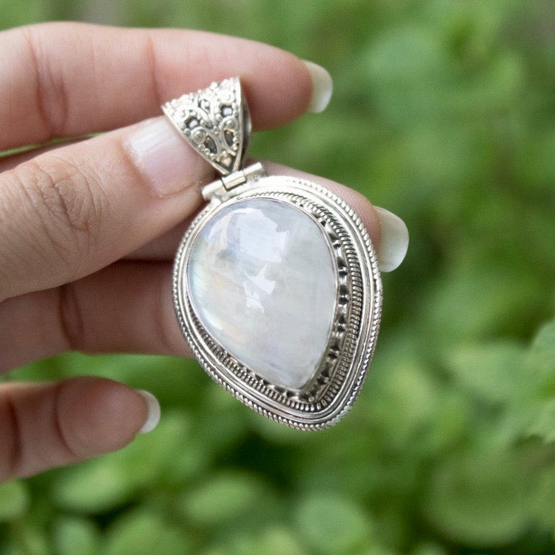 Teardrop Moonstone Goddess Necklace