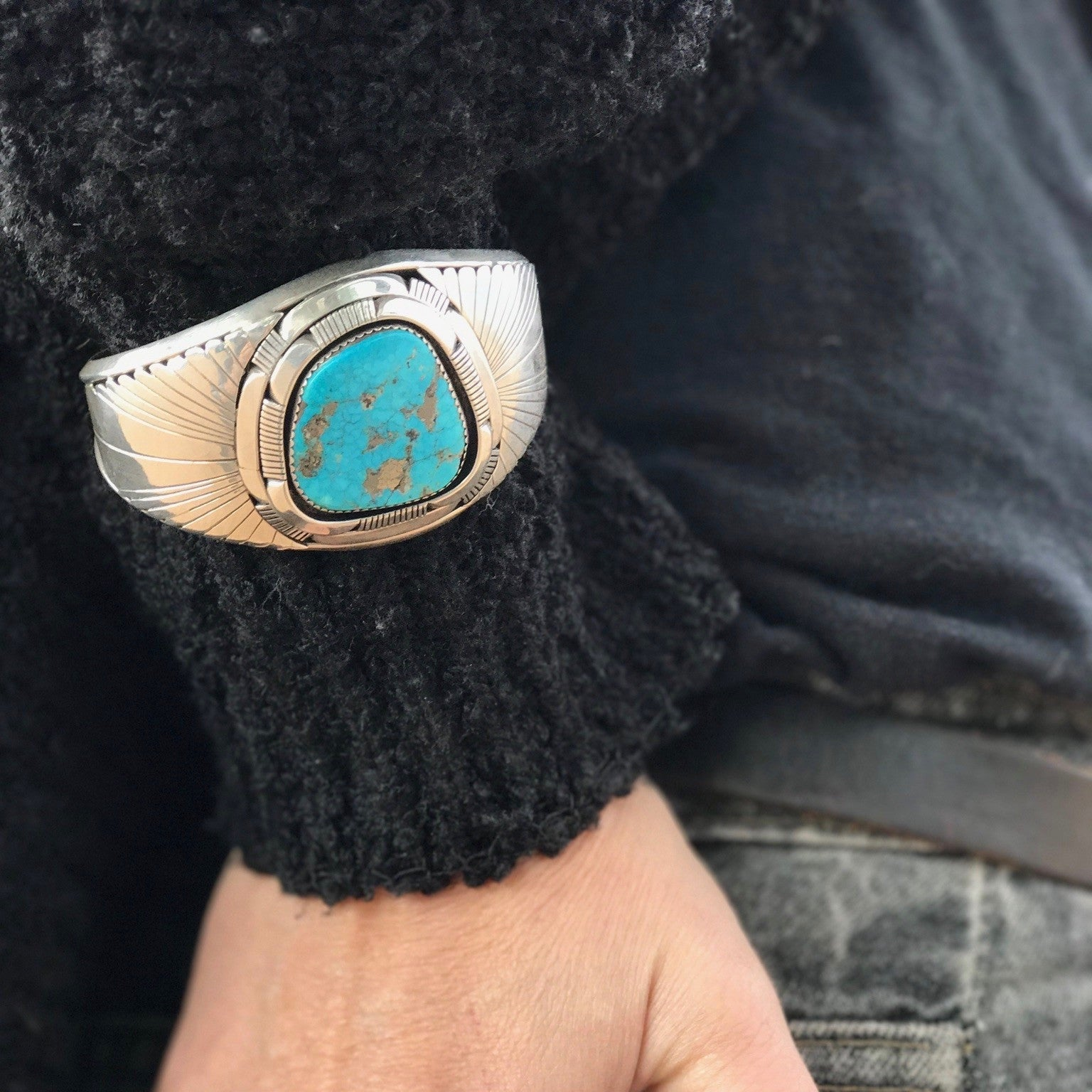 Signed Les Baker Morenci Turquoise Stone Etched Sterling Silver Cuff Bracelet