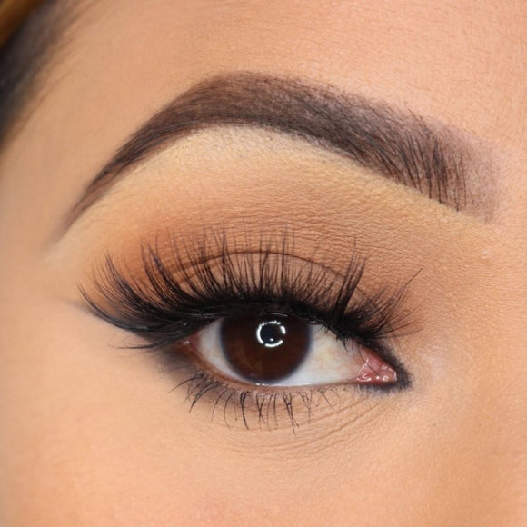 NATURAL LASH COLLECTION
