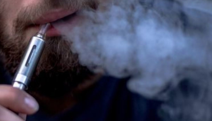 Can Inhaling Too Much Vapor in One Vape Session Make You Dizzy?