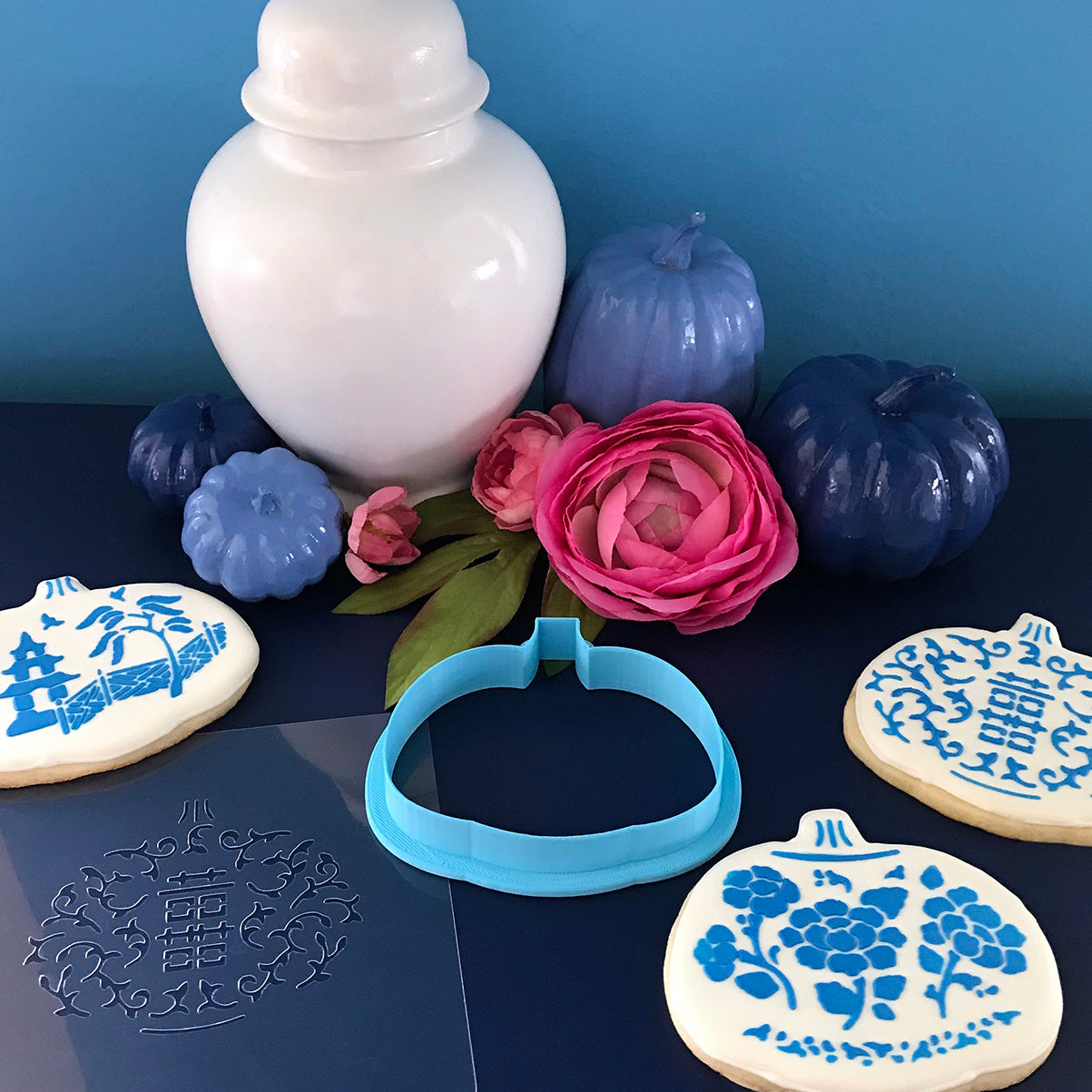 Chinoiserie Pumpkin Cookie Cutter and Stencil Set