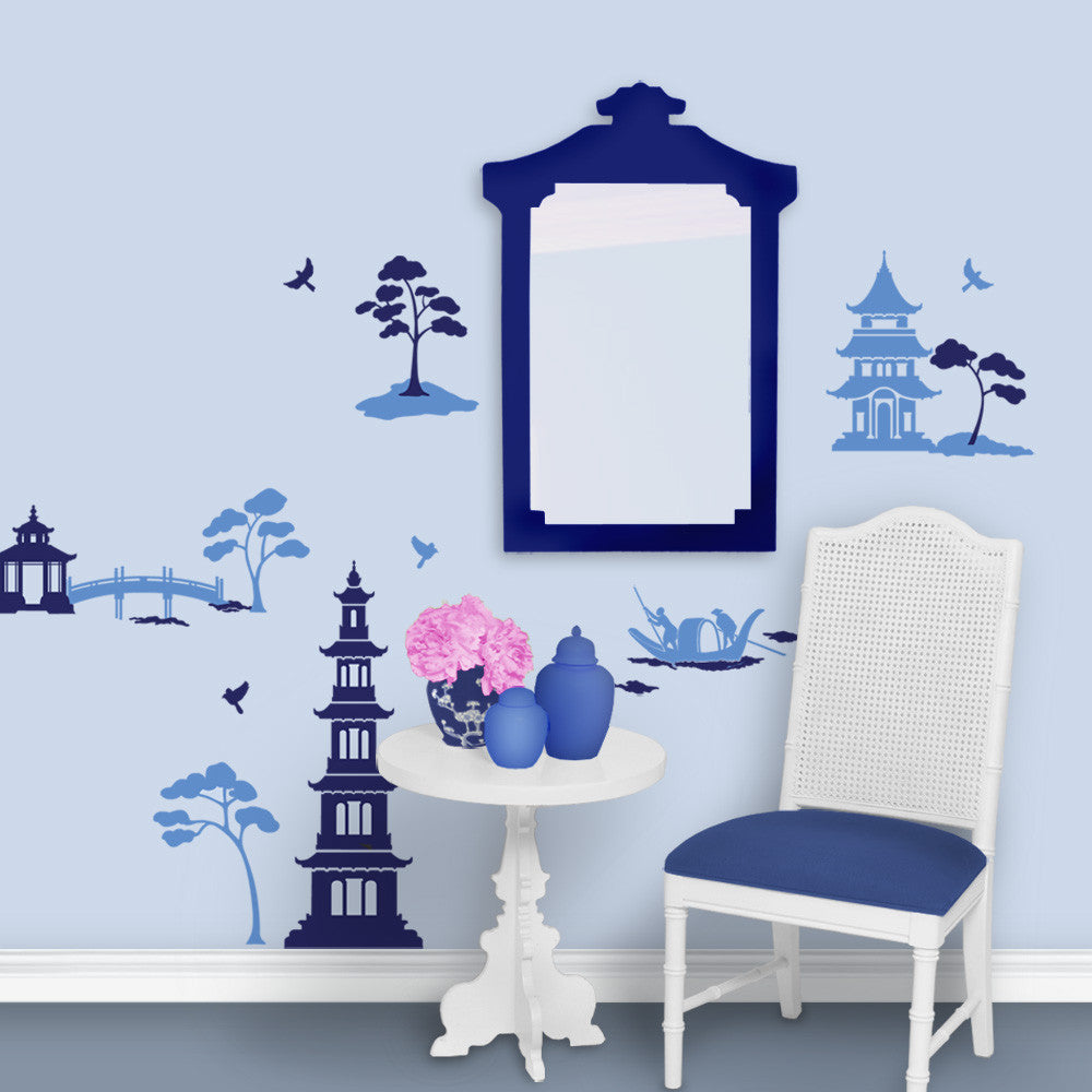 Chinoiserie Blue and White Entryway