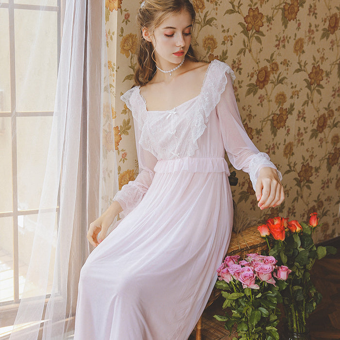 Victorian Era - Lace Butterfly Color Flying Flower Night Gown