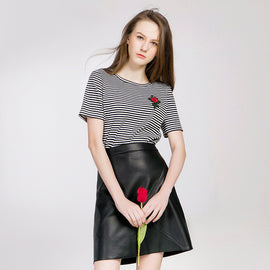 Striped Rose Embroidered T-shirts - sofyee