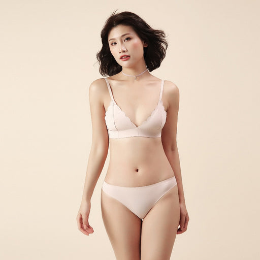 Scallopped Triangle Cup Wirefree Bra - sofyee