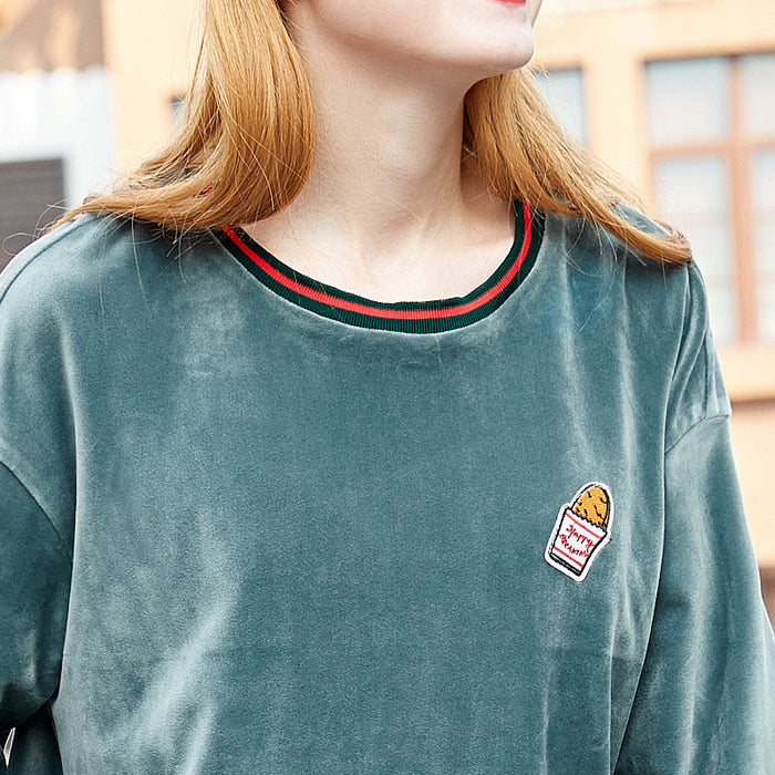 O-Ring Velvet Cake Embroidered Sweatshirt
