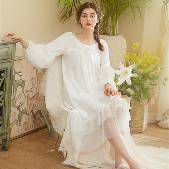 Victorian Era - Palace Style Lace Princess Lace Silk Gauze Pajamas Retro Long Night Gown