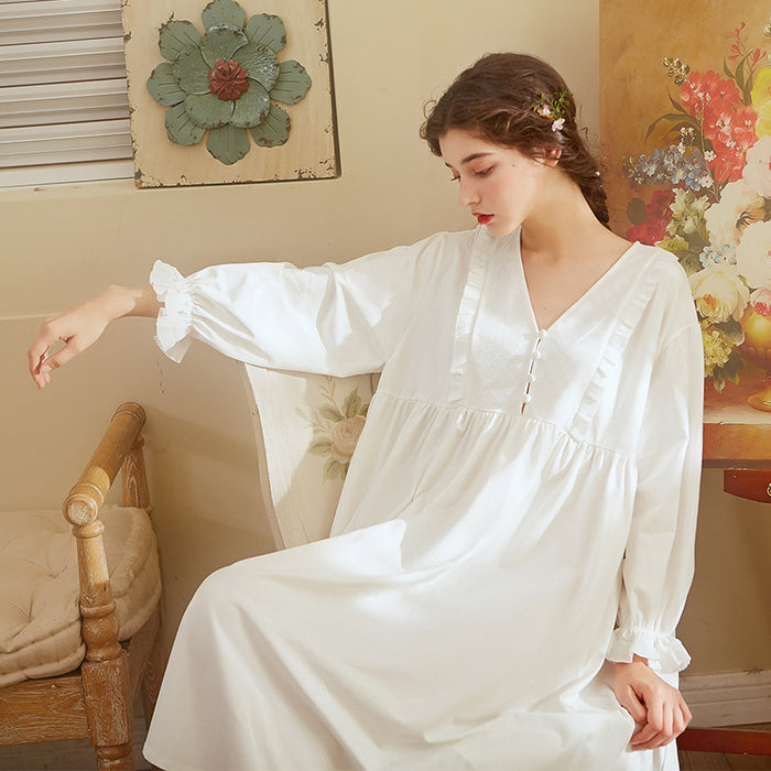 Victorian Era - Botton White Angel Night Gown