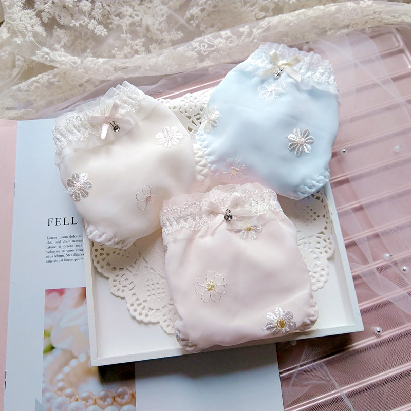 3pcs-Kawaii Peachy Sweet White Kiss Me Panty