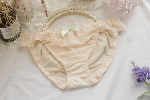 4pcs- Sofyee Kawaii Pastel Sweet White Kiss Me Panty
