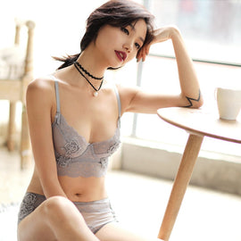 Flower Embroidered Unlined Longline Lace Demi Bra With Free Panty