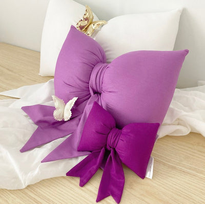 Bow Cushion