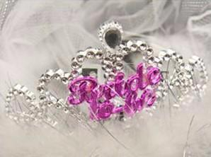 Bride To Be - plastic tiara (no veil)