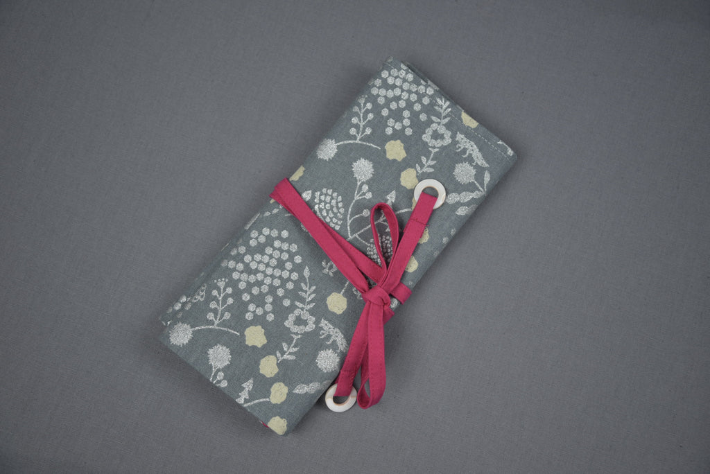 Crochet Hook Organisers - Wild flower field metallic - grey