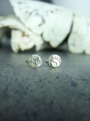 Floral pattern stud earrings - Arborea Jewellery