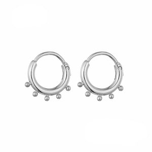 YW-GWEN-SILVER-EARRINGS-PF