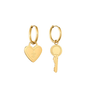 KANNAI-UNLOCK-HEART-EARRINGS-PF