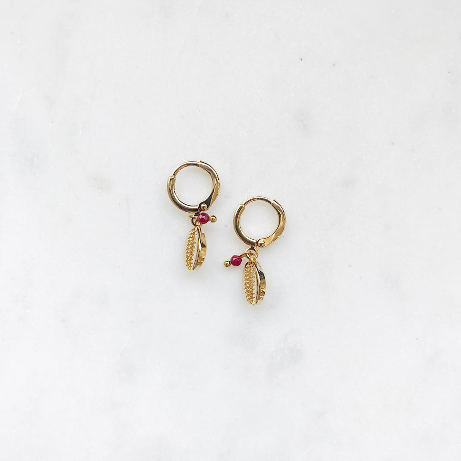 AURELIE-GOLDEN-EARRINGS-PF1