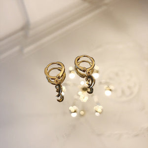 YEHWANG-HALF-MOON-GOLDEN-EARRINGS-SF