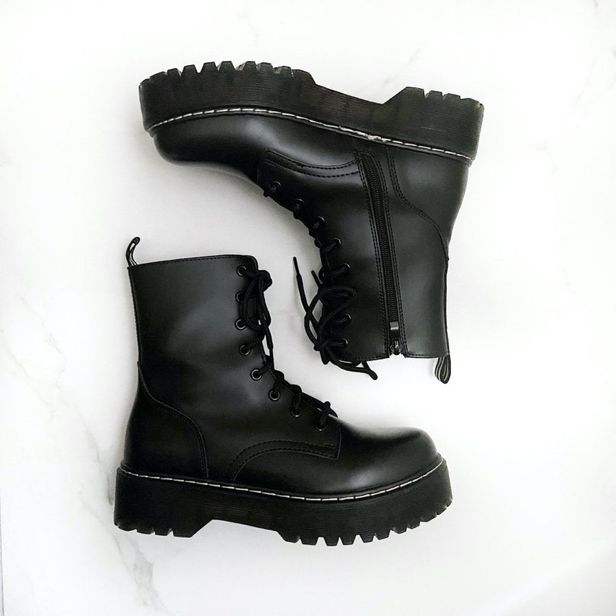 Courtney Black - Plateau Boots