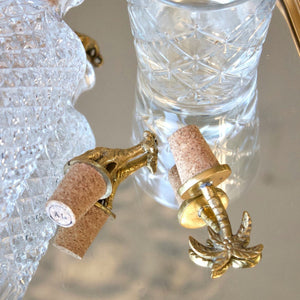 GIRAFFE-BOTTLE-STOPPER-INTERIOR-OLIVIA-KATE-SF1