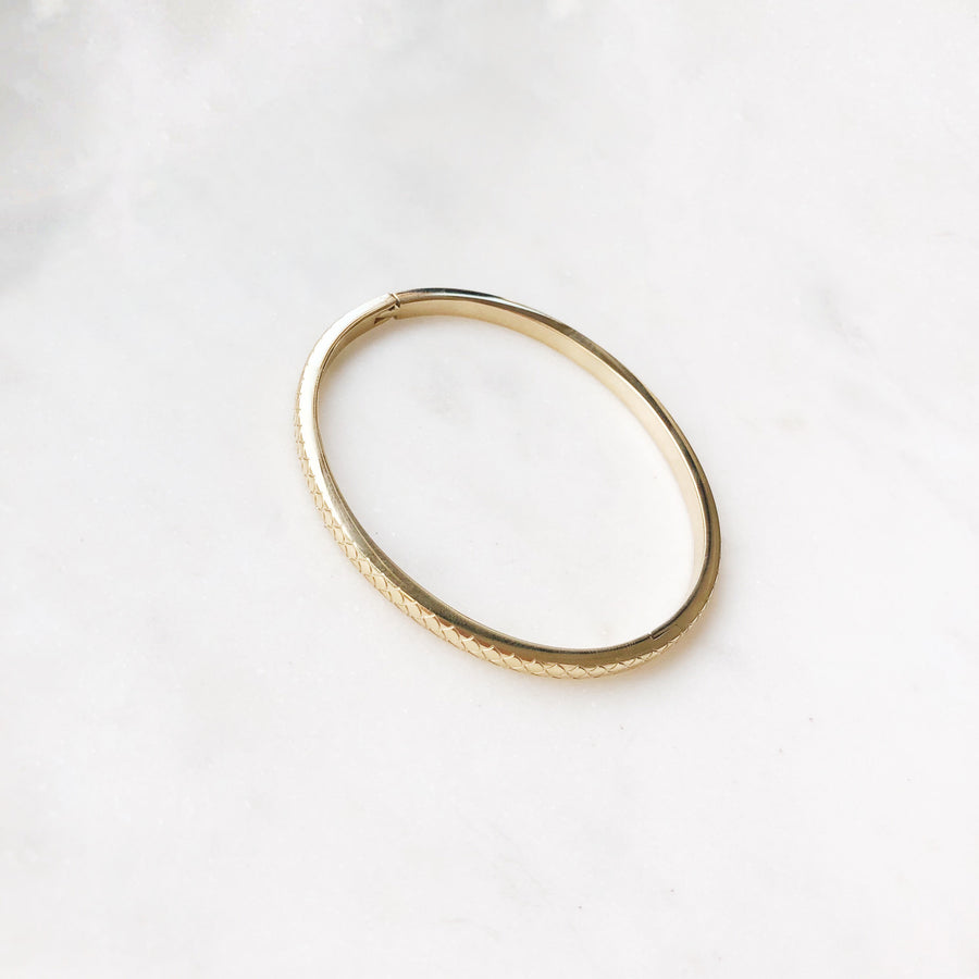 FIONA-GOLDEN-BANGLE-PF1