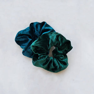 Maya Green - Scrunchie