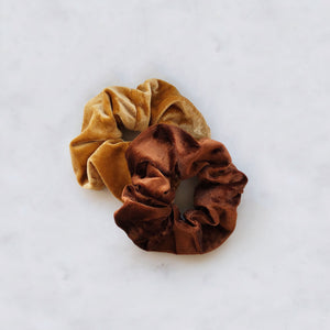 MAYA-BROWN-SCRUNCHIE-SF1