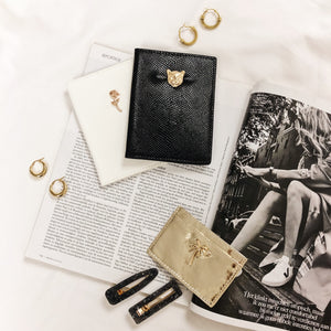 CHARLIE-GOLDEN-PASSPORT-HOLDER-SF2