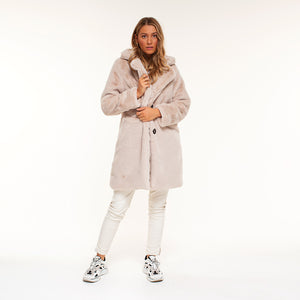 FAUX-FUR-JAS-CHLOE-COAT-BEIGE-SF1